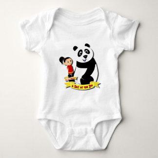 DoYouMango - Panda! Infant Creeper
