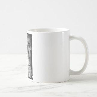 Drácula y sus señoras tazas de café