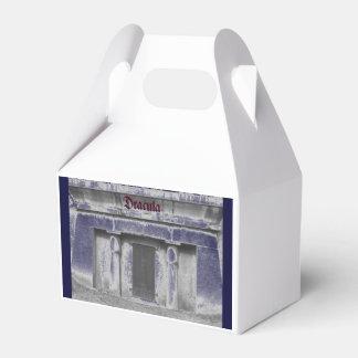 Dracula's Tomb/Midnight Coach Party Favor Box