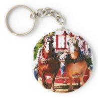 draft horse pulling key chain
