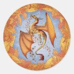 Dragón anaranjado del arte de la fantasía de la pegatina redonda