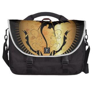 Dragón asombroso en oro y negro bolsas para portatil