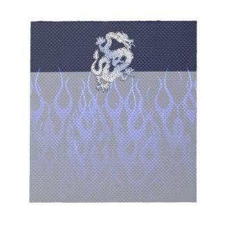 Dragón azul en estilos de la fibra de carbono del bloc de notas