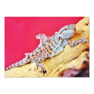 Dragón barbudo colorido invitación 12,7 x 17,8 cm