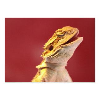 Dragón barbudo de risa invitación 12,7 x 17,8 cm