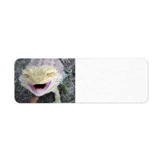 Dragón barbudo feliz estupendo etiqueta de remite
