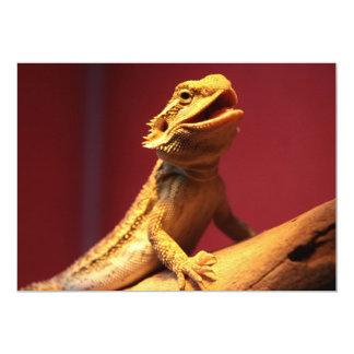 Dragón barbudo feliz invitación 12,7 x 17,8 cm