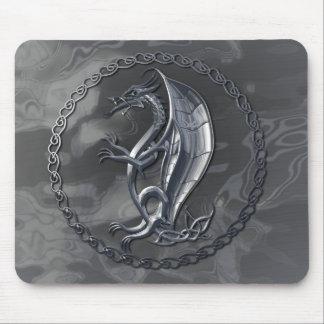 Dragón céltico de plata Mousepad