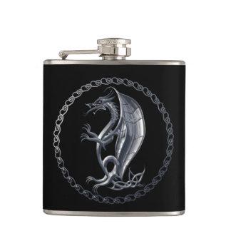Dragón céltico de plata petaca