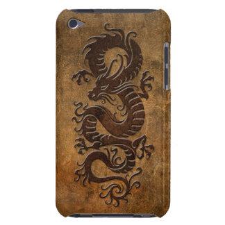 Dragón chino áspero iPod Case-Mate carcasa