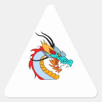 Dragón chino azul, amarillo, rojo, anaranjado pegatina triangular