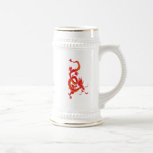 Dragón chino del rojo del Año Nuevo Jarra De Cerveza