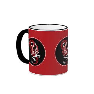 Dragón chino rojo y negro taza de dos colores