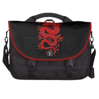 Dragón chino tribal rojo en negro bolsas para ordenador