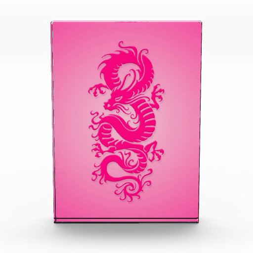 Dragón chino tribal rosado