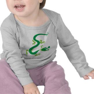Dragón chino verde camisetas