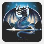 Dragón con la espada pegatina cuadrada