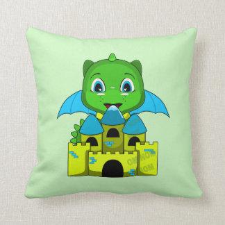 Dragón de Chibi con un castillo azul y amarillo Almohadas