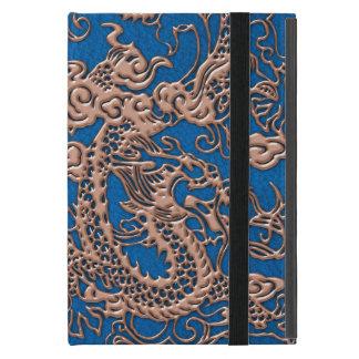 Dragón de cobre en la textura de cuero azul de Lap iPad Mini Coberturas