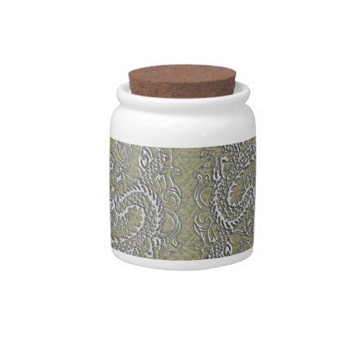 Dragón de plata en textura de cuero de color caqui jarras para caramelos