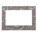 Dragón de plata en textura de cuero de color topo marcos magnéticos de fotos