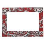 Dragón de plata en textura de cuero roja marcos magneticos para fotos