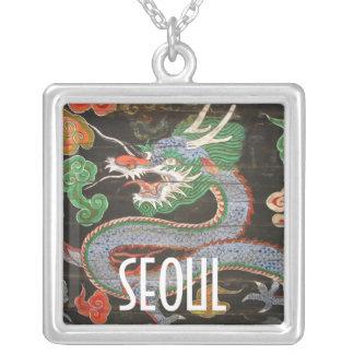 Dragón de sudcoreano Namdaemun Sungnyemun Colgante Cuadrado