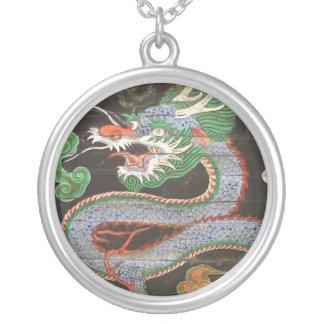 Dragón de sudcoreano Namdaemun Sungnyemun Colgante Redondo