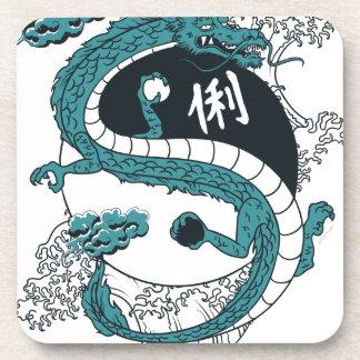 Dragón de Yin y de Yang Posavasos De Bebidas