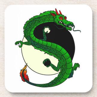 Dragón de Yin Yang Posavasos De Bebidas