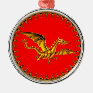 dragón del oro con el fondo rojo adorno navideño redondo de metal