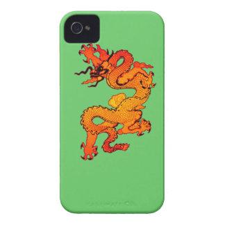 Dragón del oro y del naranja por Año Nuevo chino Case-Mate iPhone 4 Funda
