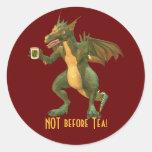 Dragón del té o del café pegatinas redondas