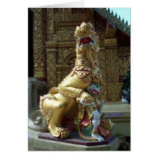 Dragón del templo del oro tarjeta de felicitación