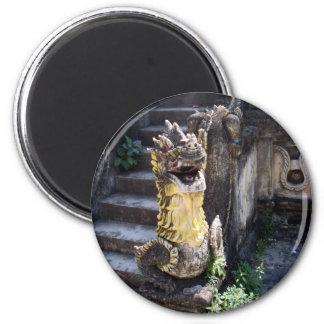 Dragón del templo iman de frigorífico