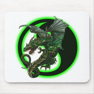 Dragon design mouse pad