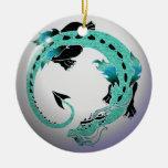 Dragón en espiral del azul de cielo ornamentos de navidad