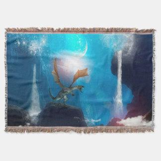 Dragón en un paisaje mágico de la fantasía manta