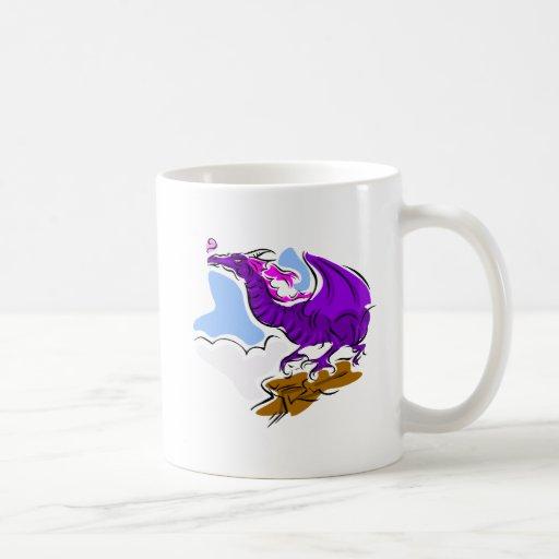 Dragón enojado púrpura taza de café