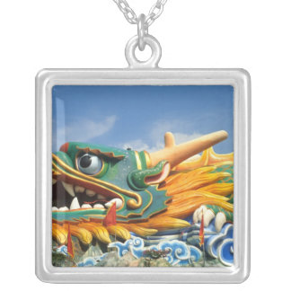 Dragón famoso en el chalet del par del Haw en Colgante Cuadrado