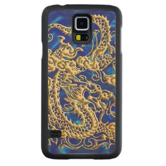 Dragón grabado en relieve del oro en el satén azul funda de galaxy s5 slim arce