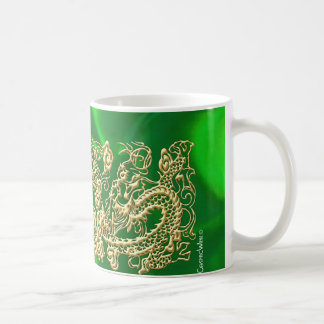Dragón grabado en relieve del oro en el satén verd tazas de café