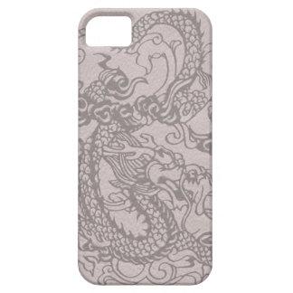 Dragón grabado en relieve en textura de cuero funda para iPhone 5 barely there