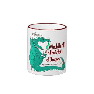 Dragón hambriento taza a dos colores