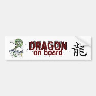 Dragón imperial etiqueta de parachoque