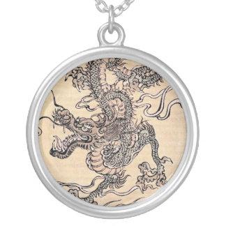 Dragón japonés antiguo collar personalizado