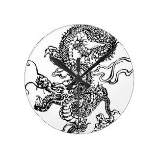 Dragón japonés - en el estilo chino reloj redondo mediano