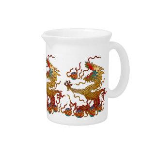 Dragón juguetón jarra para bebida