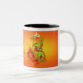 Dragón llameante con la taza del símbolo