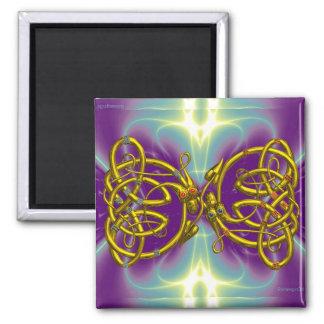 DRAGON LOVE / Gold Celtic Knot Dragons Magnet